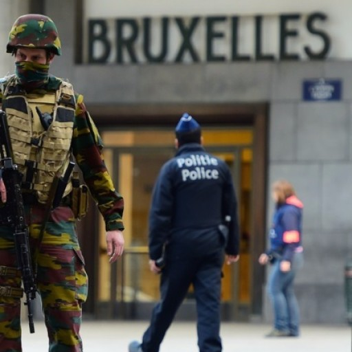 """Sprawozdanie z debaty """"Kryzys bezpieczeństwa europejskiego"""""""
